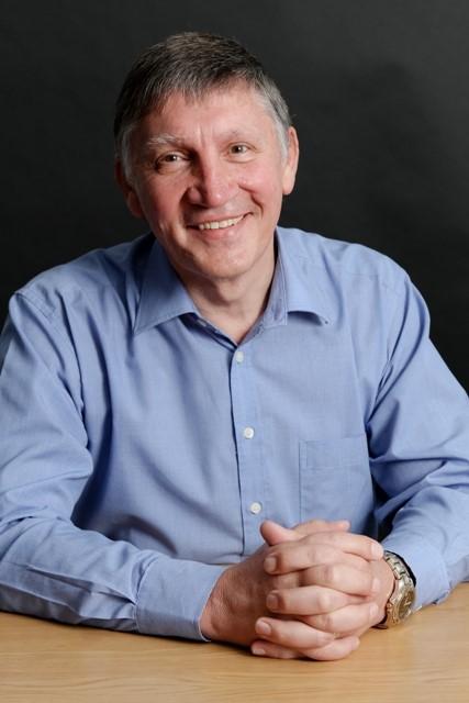 Dr Francois Engelbrecht